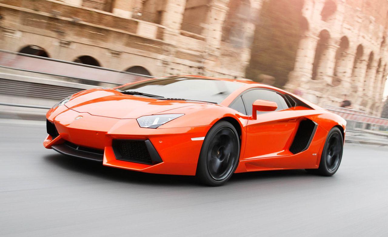 2011 Lamborghini Aventador LP700 4