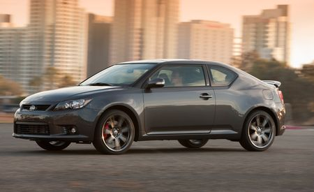 2011 Scion tC Manual