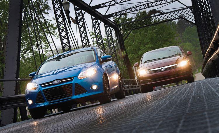 2012 Ford Focus SE vs. 2012 Honda Civic EX