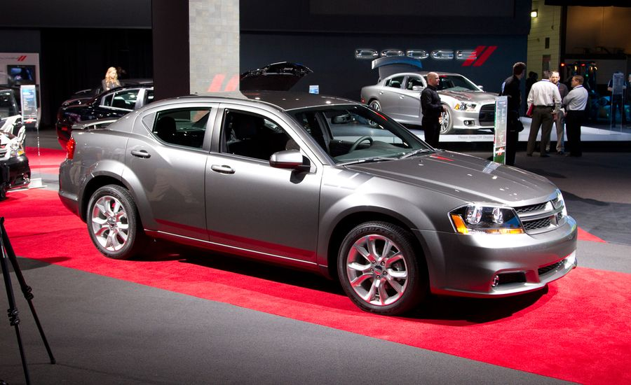 2012 Dodge Avenger R/T Official Photos and Info