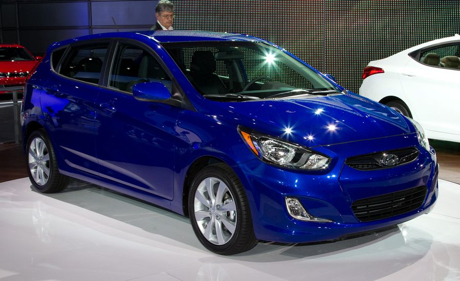 2012 Hyundai Accent Official Photos and Info