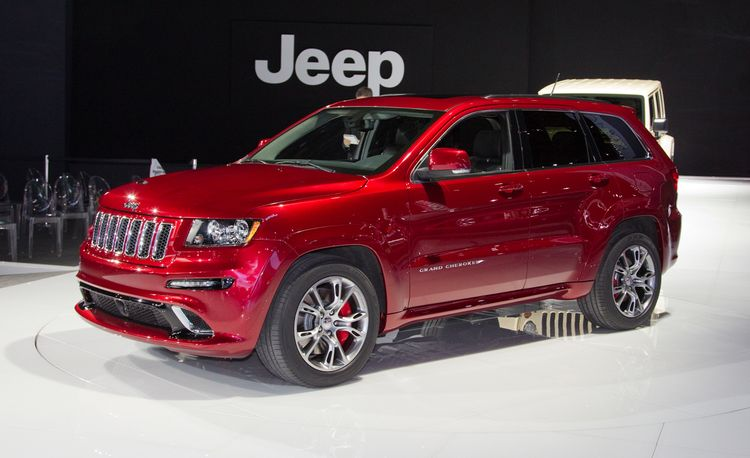 2012 Jeep Grand Cherokee SRT8 Debuts @ 2011 New York Auto Show