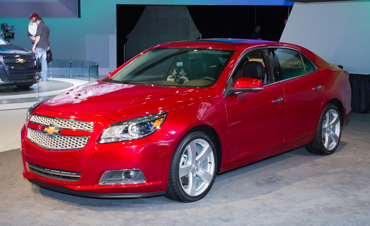 2013 Chevrolet Malibu Official Photos and Info
