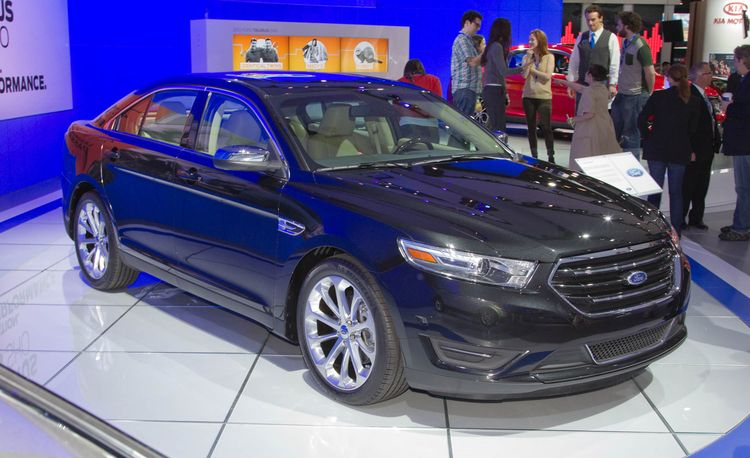 2013 Ford Taurus / Taurus SHO Official Photos and Info