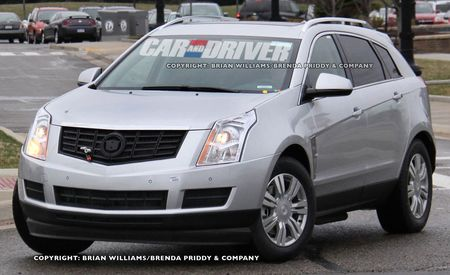 2013 Cadillac SRX Plug-In Hybrid Spy Photos