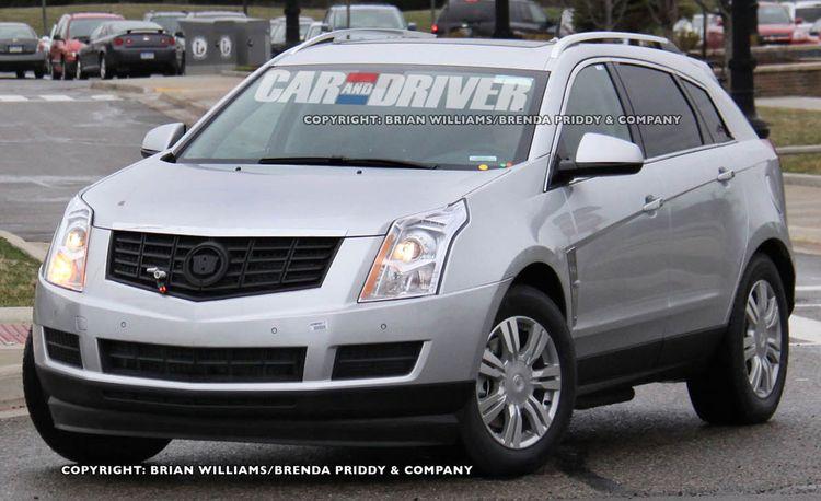 2013 Cadillac SRX Plug-In Hybrid Spy Photos
