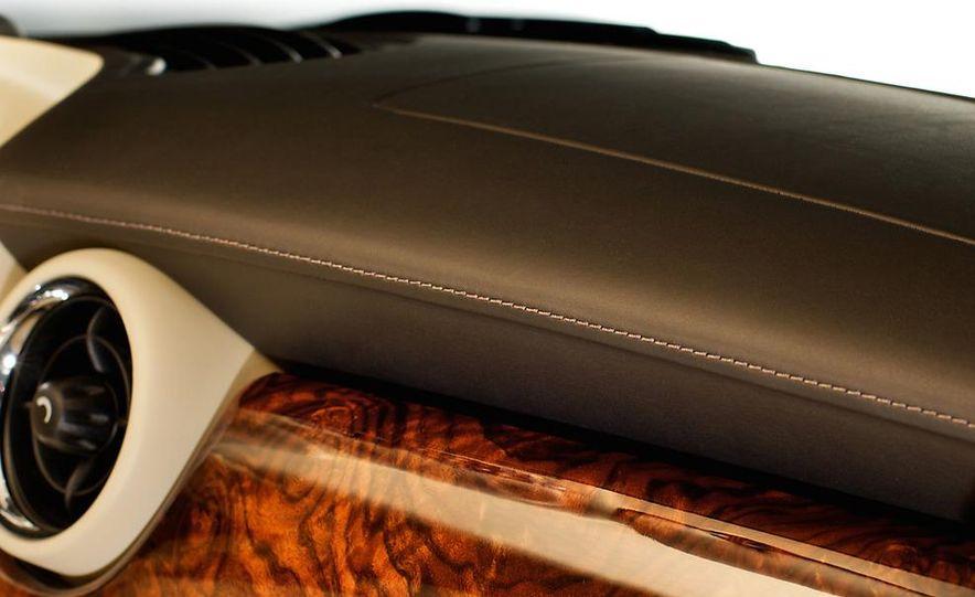 2012 Mini Cooper S Inspired by Goodwood - Slide 16