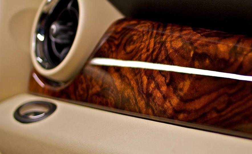 2012 Mini Cooper S Inspired by Goodwood - Slide 17