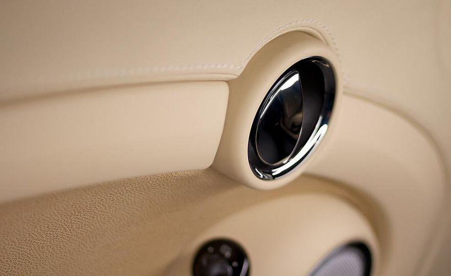 2012 Mini Cooper S Inspired by Goodwood - Slide 18