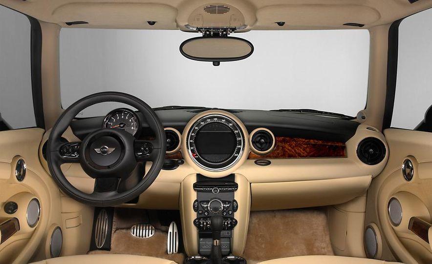 2012 Mini Cooper S Inspired by Goodwood - Slide 9
