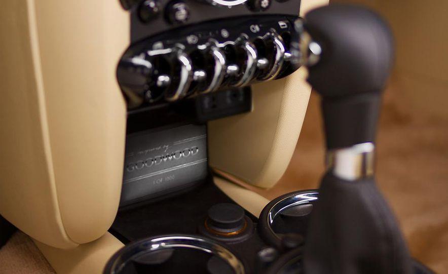2012 Mini Cooper S Inspired by Goodwood - Slide 14