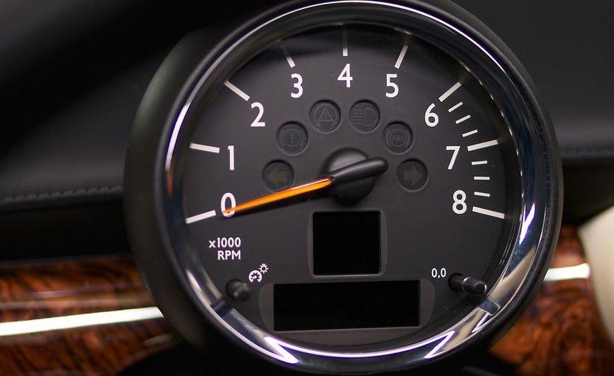2012 Mini Cooper S Inspired by Goodwood - Slide 12