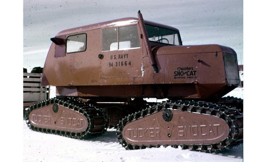 A large Delta truck, used to transport personnel across the sea ice. (Dominick Dirksen, National Science Foundation) - Slide 25