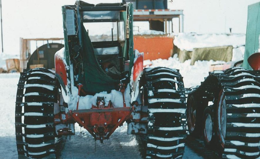 A large Delta truck, used to transport personnel across the sea ice. (Dominick Dirksen, National Science Foundation) - Slide 5