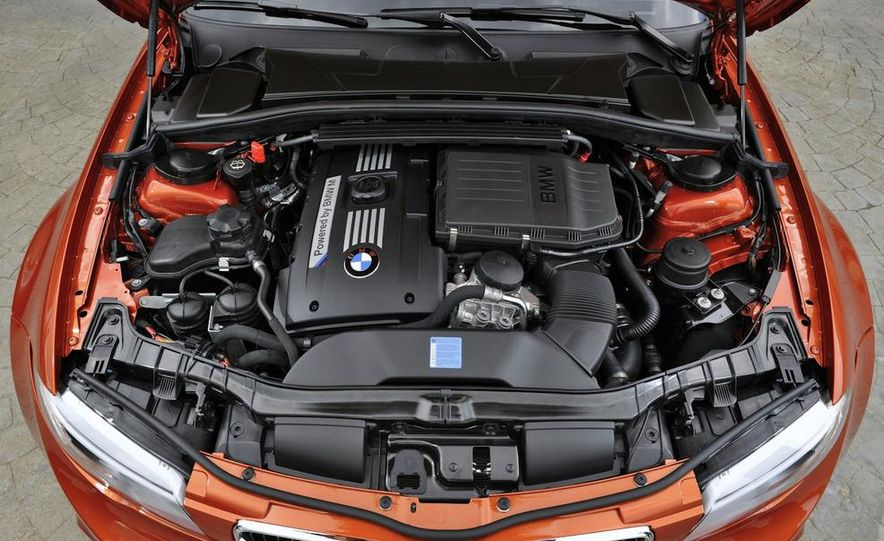 2011 BMW 1-series M coupe - Slide 30