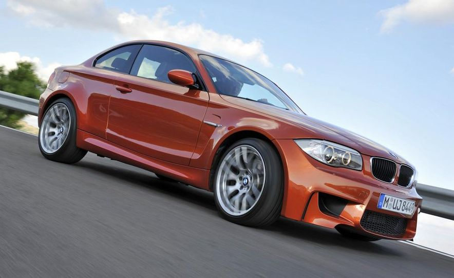 2011 BMW 1-series M coupe - Slide 5
