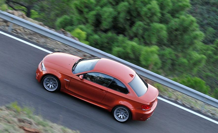 2011 BMW 1-series M coupe - Slide 12