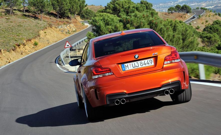 2011 BMW 1-series M coupe - Slide 16