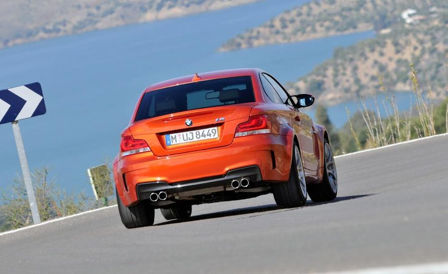 2011 BMW 1-series M coupe - Slide 18