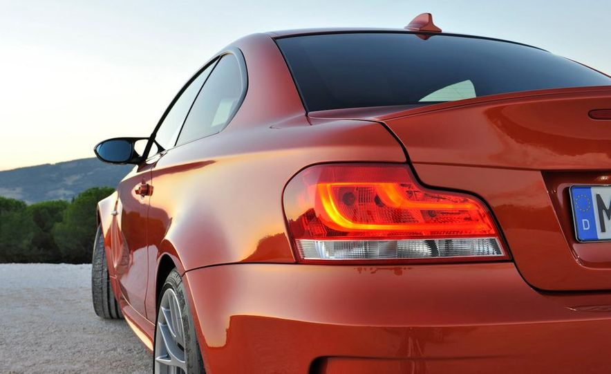 2011 BMW 1-series M coupe - Slide 26