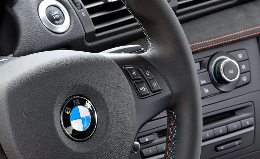 2011 BMW 1-series M coupe - Slide 39