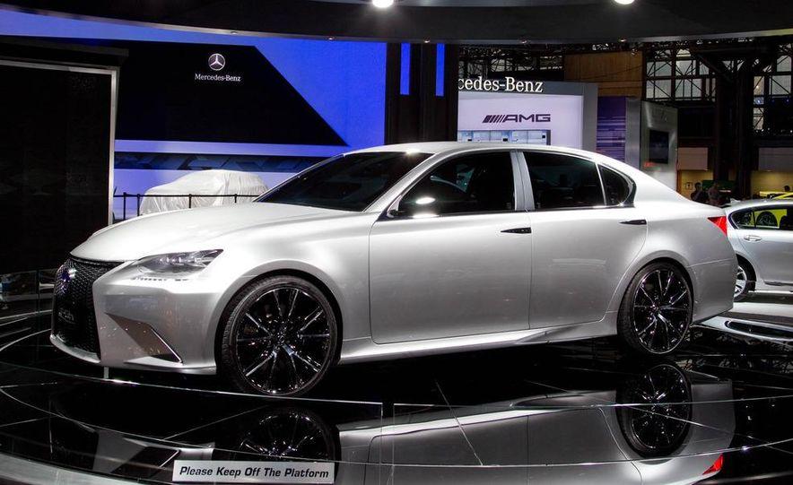 Lexus LF-Gh hybrid concept - Slide 4