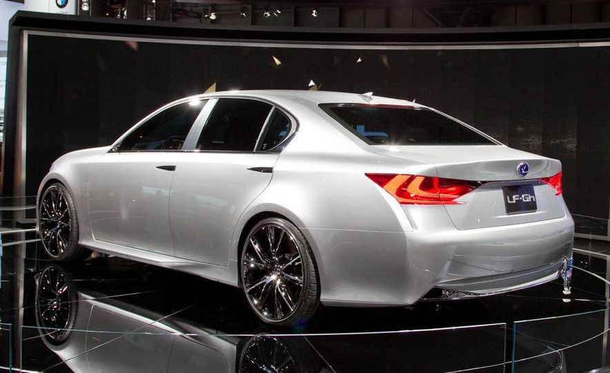 Lexus LF-Gh hybrid concept - Slide 6