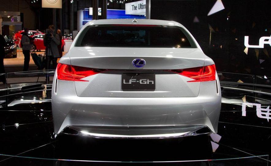 Lexus LF-Gh hybrid concept - Slide 7