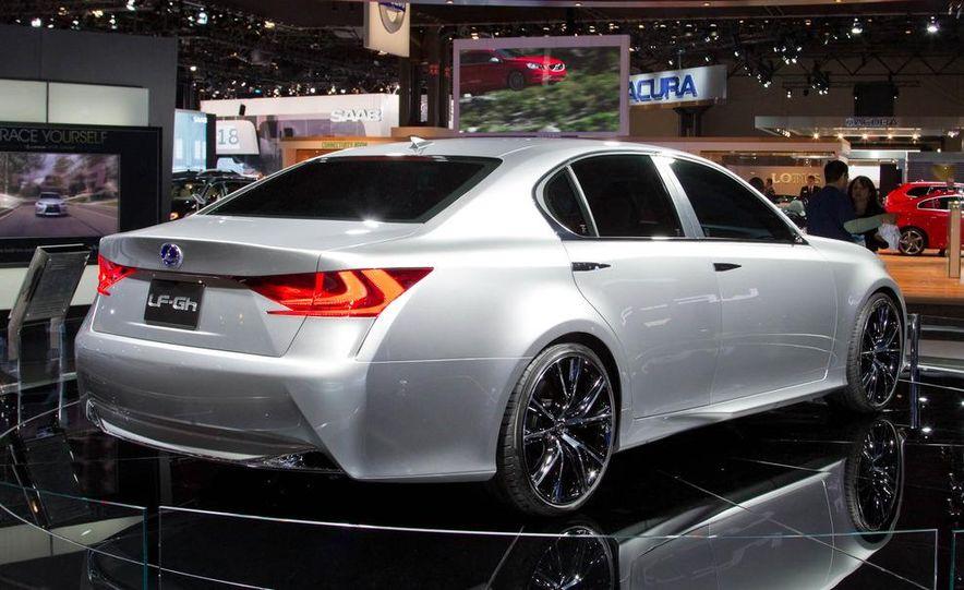 Lexus LF-Gh hybrid concept - Slide 9