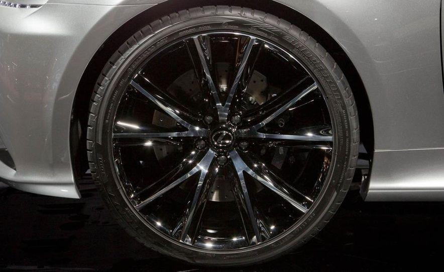 Lexus LF-Gh hybrid concept - Slide 17