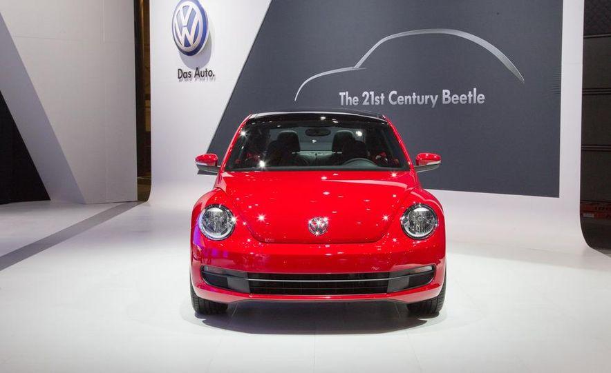 2012 Volkswagen Beetle - Slide 1