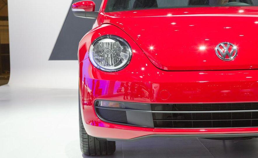 2012 Volkswagen Beetle - Slide 18
