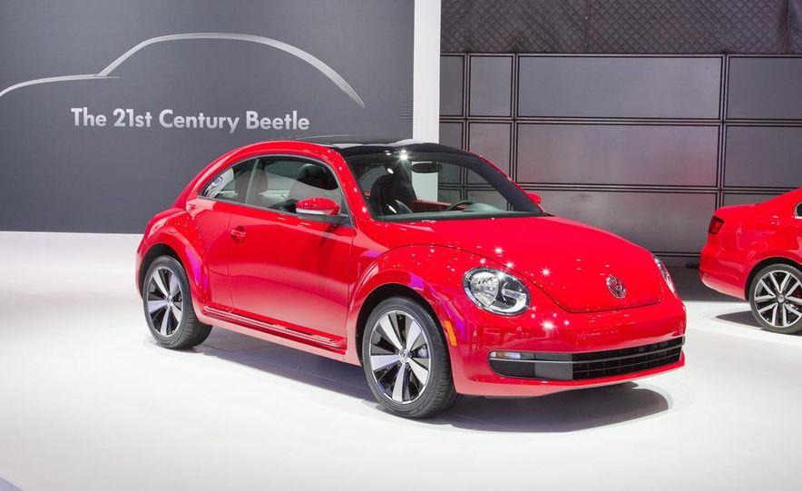 2012 Volkswagen Beetle - Slide 5