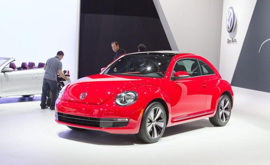 2012 Volkswagen Beetle - Slide 7