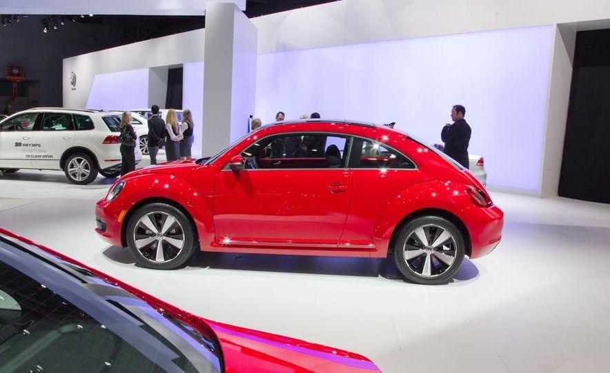 2012 Volkswagen Beetle - Slide 8