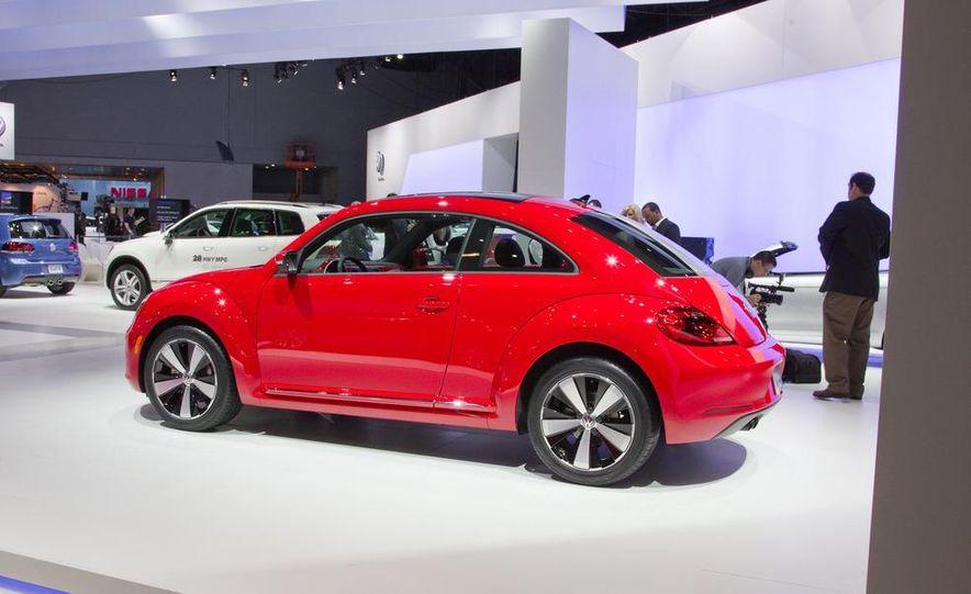 2012 Volkswagen Beetle - Slide 9