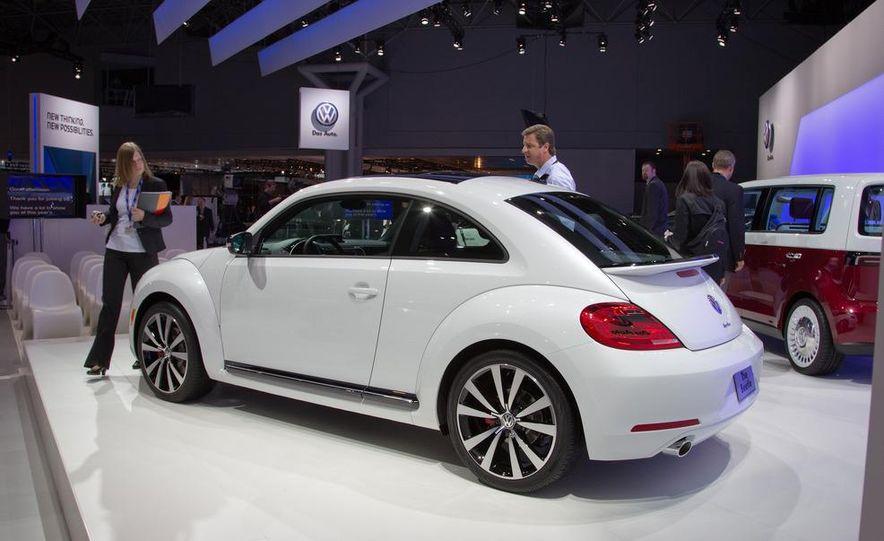 2012 Volkswagen Beetle - Slide 13