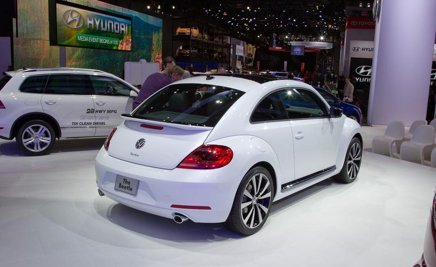 2012 Volkswagen Beetle - Slide 14