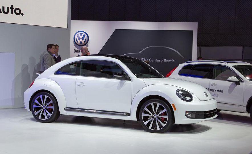 2012 Volkswagen Beetle - Slide 15