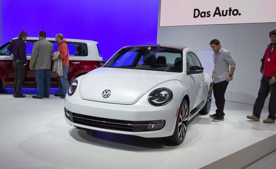 2012 Volkswagen Beetle - Slide 17