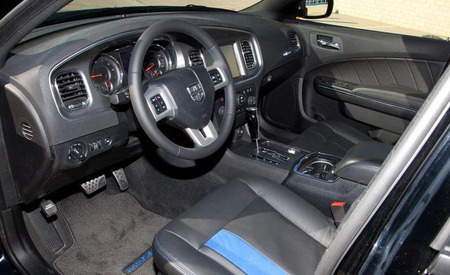 2011 Dodge Charger Mopar '11 - Slide 14