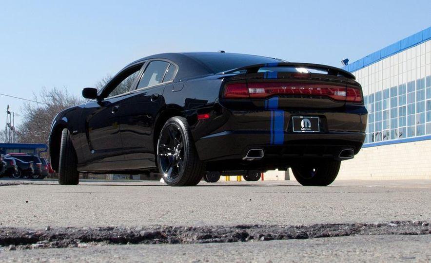 2011 Dodge Charger Mopar '11 - Slide 4