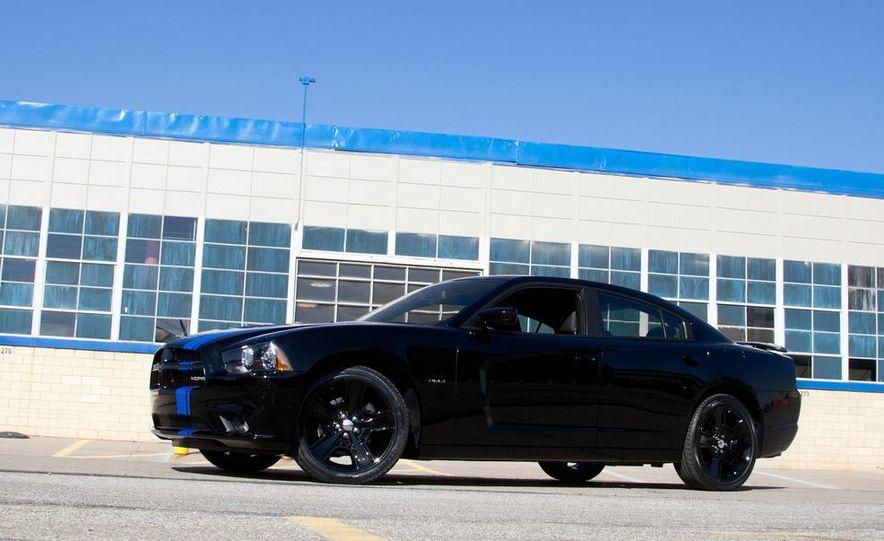 2011 Dodge Charger Mopar '11 - Slide 5