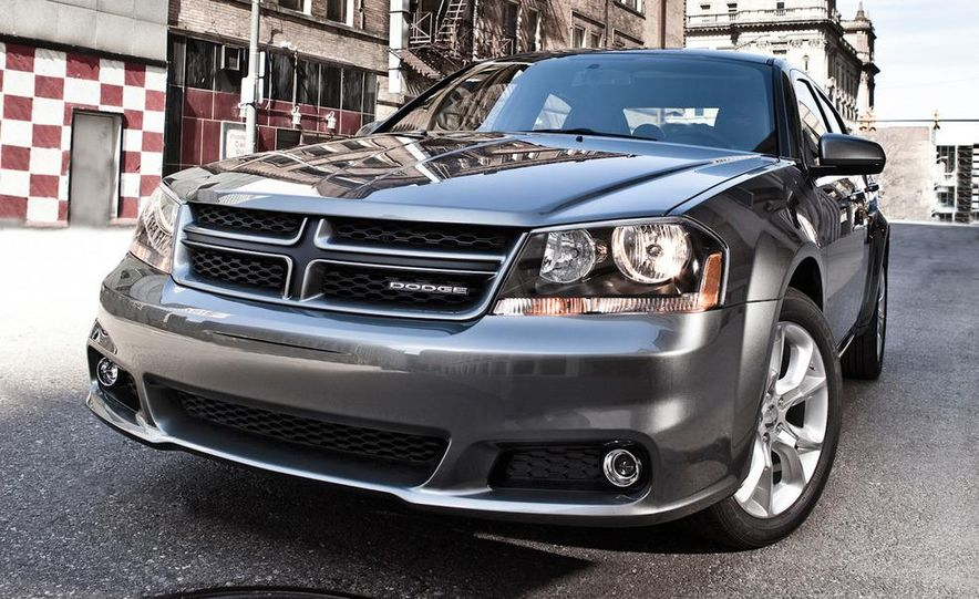 2012 Dodge Avenger R/T - Slide 26