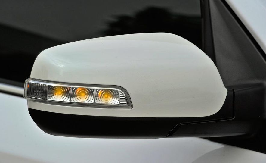 2011 Kia Sorento SX - Slide 20