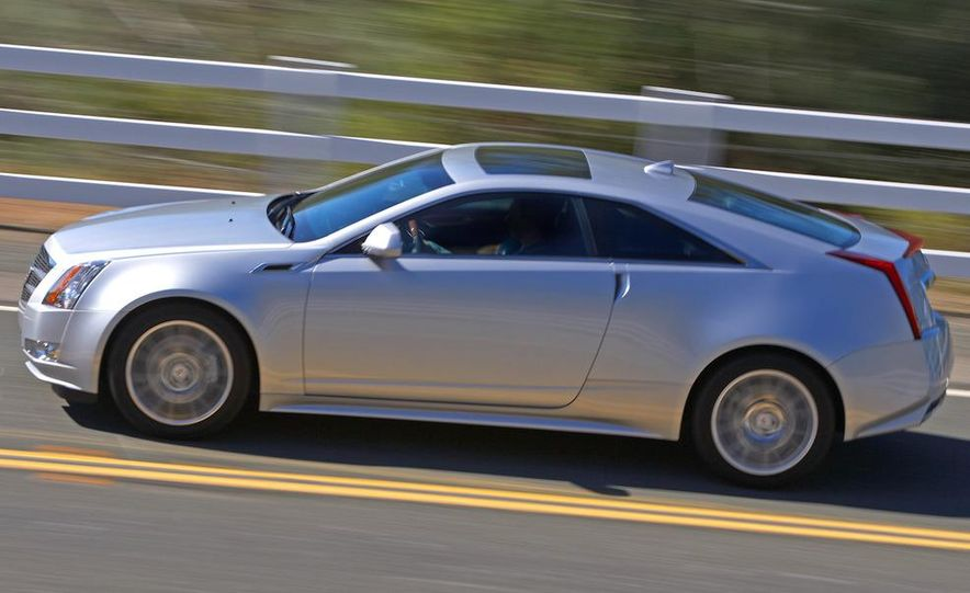 2012 Cadillac CTS coupe - Slide 5