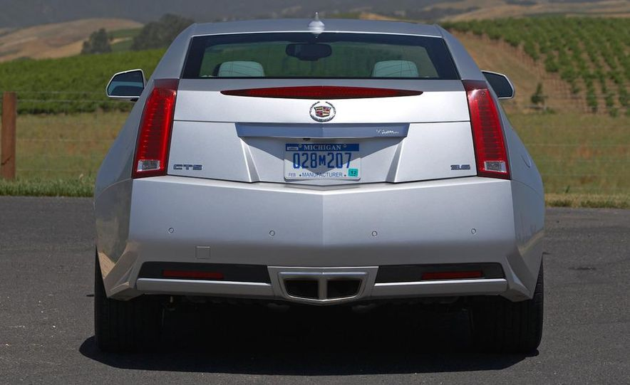 2012 Cadillac CTS coupe - Slide 11