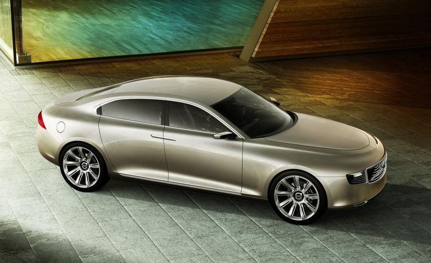 Volvo Concept Universe - Slide 4