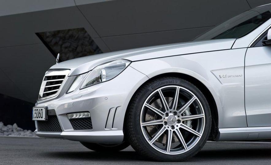 2012 Mercedes-Benz E63 AMG sedan - Slide 20
