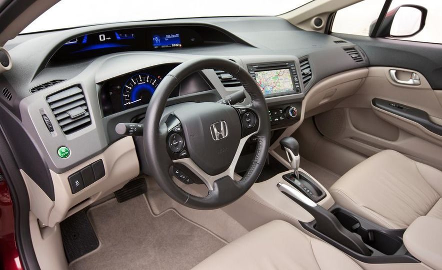 2012 Honda Civic EX-L sedan - Slide 17